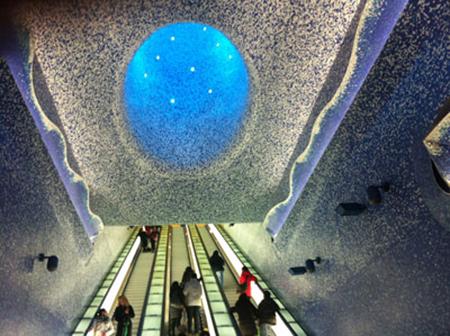 marijkebeek-metro-stazione-Toledo-Napoli.450